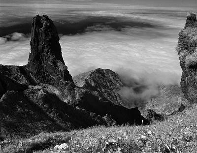 【利尻岳東稜のローソク岩】1978年